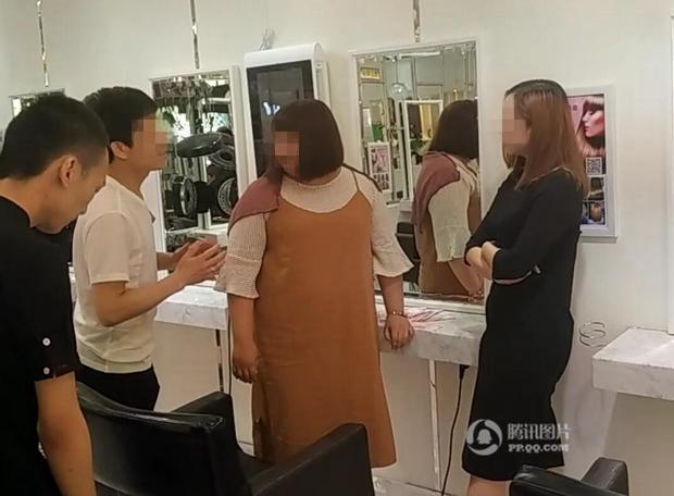 Chỉ vì tranh chỗ ngồi trong tiệm làm tóc, mỹ nữ sẵn sàng vung 6,7 tỷ để mua cả cửa hiệu - Ảnh 4.