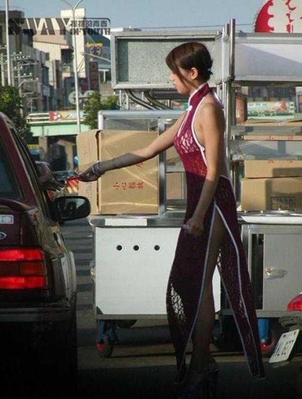 Cuộc sống ít người biết của những nàng Tây Thi bán trầu nóng bỏng trên đường phố Đài Loan - Ảnh 17.