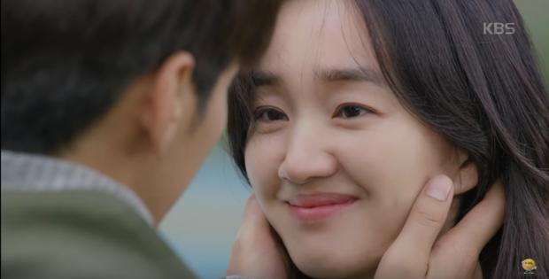 """Sweet Stranger and Me của """"bố trẻ"""" Kim Young Kwang và Soo Ae dần gục ngã - Ảnh 4."""