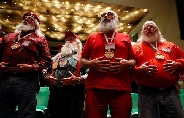 Bên trong trường đào tạo ông già Noel trước mùa Giáng sinh - Ảnh 7.