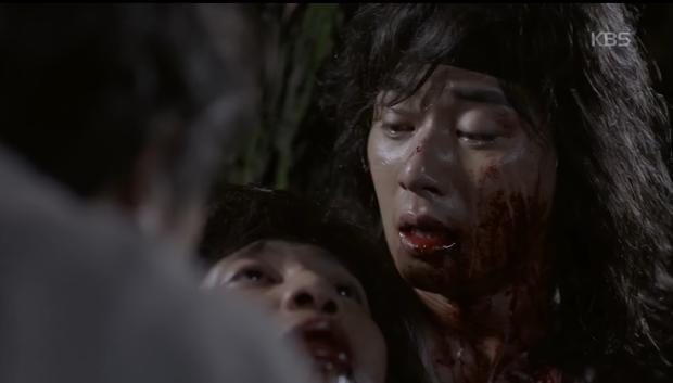 Hwarang: Park Seo Joon ôm hận đến tìm Park Hyung Sik đòi nợ máu - Ảnh 4.