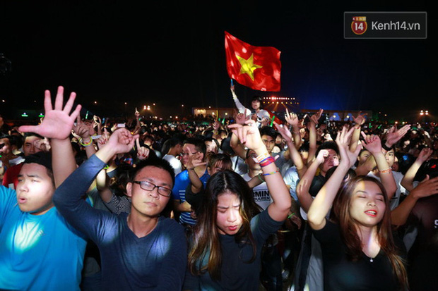 Top 6 sự kiện EDM hoành tráng nhất năm 2015 tại Việt Nam - Ảnh 9.