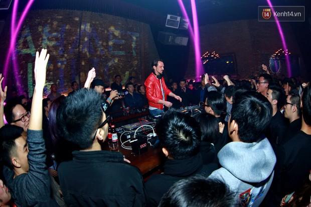 Khán giả Hà Nội hoài niệm trong đêm nhạc Deep House bay bổng cùng DJ Ahmet Kilic - Ảnh 7.