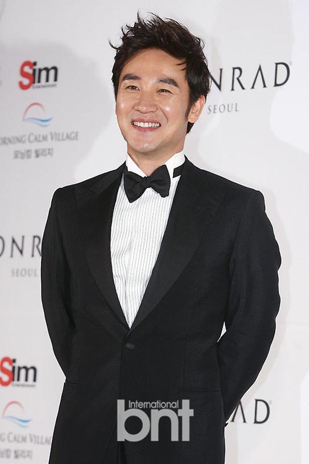 Nam diễn viên Nữ hoàng Seon Deok bị cáo buộc cưỡng dâm, nguyên đơn hiện đang bị tạm giam - Ảnh 1.
