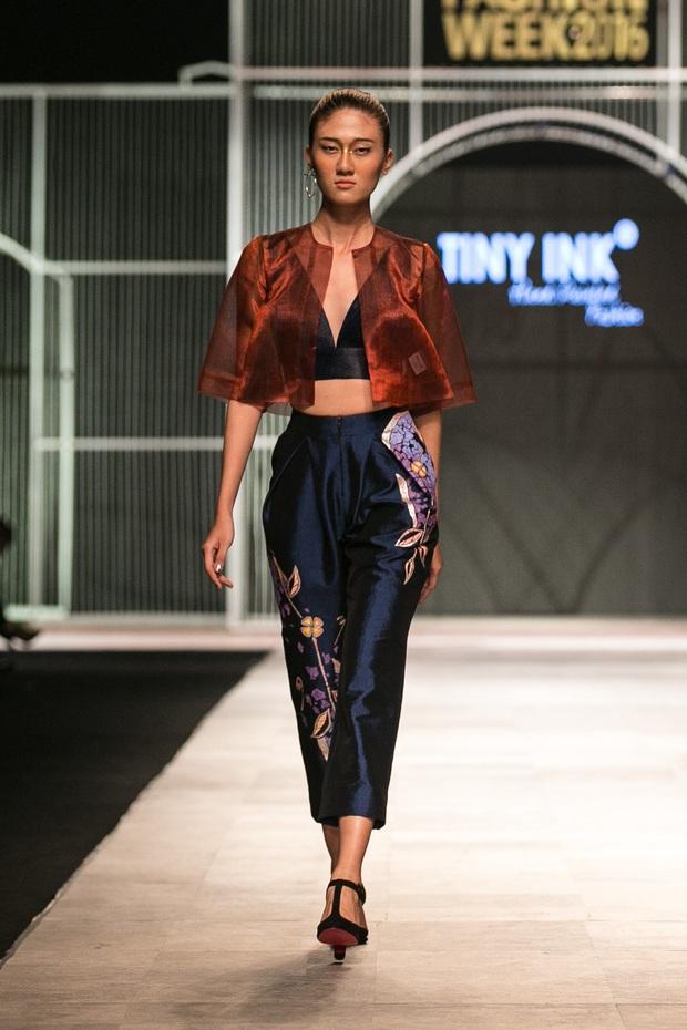 Vietnam International Fashion Week Thu Đông 2016: Nơi linh hồn Việt được thăng hoa - Ảnh 19.