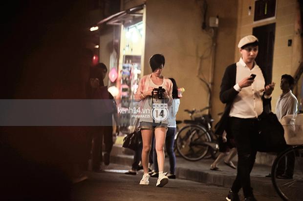 Xa Thi Mạn bị bắt gặp đang dạo phố cổ Hội An cùng Lý Nhã Kỳ - Ảnh 2.