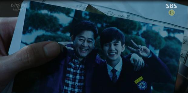 """""""Remember"""": Yoo Seung Ho nghẹn lời khi đã giải oan cho cha thành công - Ảnh 5."""