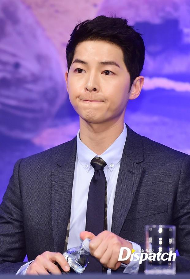 Đây chính là bí quyết giúp Song Joong Ki có làn da mịn màng hơn cả con gái - Ảnh 5.