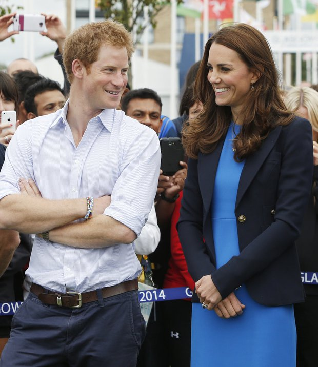 Tình cảm thân thiết đáng kinh ngạc giữa Công nương Kate và Hoàng tử Harry - Ảnh 5.