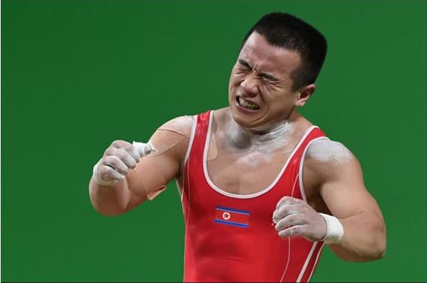 Những khoảnh khắc không thể quên tại Olympic 2016 - Ảnh 5.