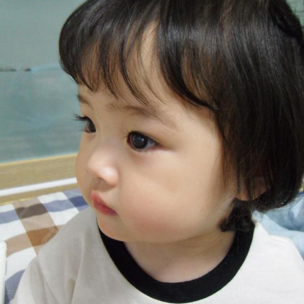 Cô nhóc Hàn Quốc đáng yêu tới nỗi xem ảnh mà chỉ muốn lao ngay vào... cắn má - Ảnh 15.