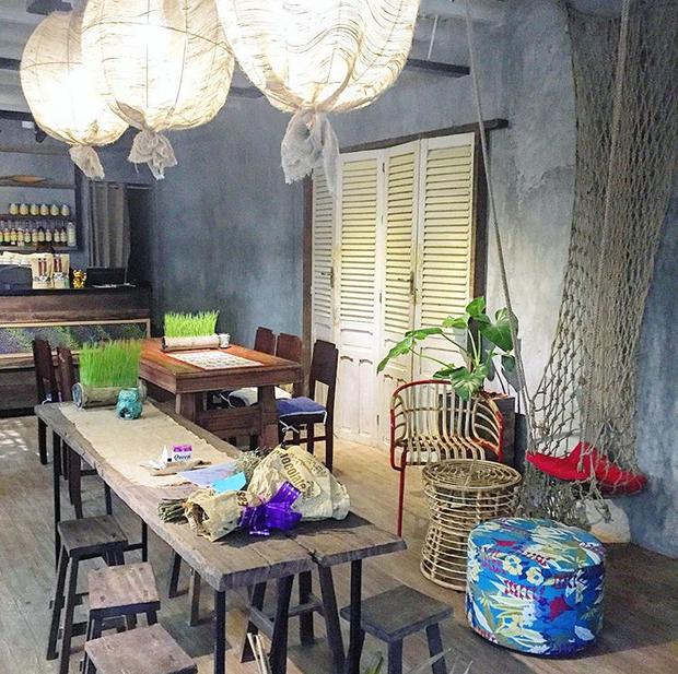 Trung Thu, đi ngay những quán cà phê retro ở Sài Gòn cho hợp không khí hoài cổ nào - Ảnh 25.