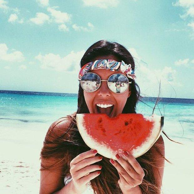 5 thực phẩm cần tăng cường để da không bắt nắng - Ảnh 1.