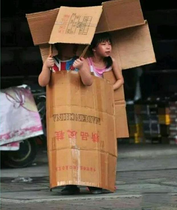 Nắng nóng kinh hoàng đã khiến người Trung Quốc thành ra như thế này đây - Ảnh 7.