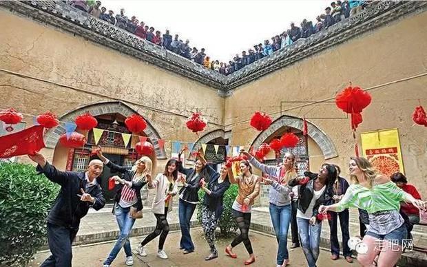 Ngôi làng kỳ lạ nhất Trung Quốc: Toàn bộ người dân đều sống dưới lòng đất - Ảnh 36.