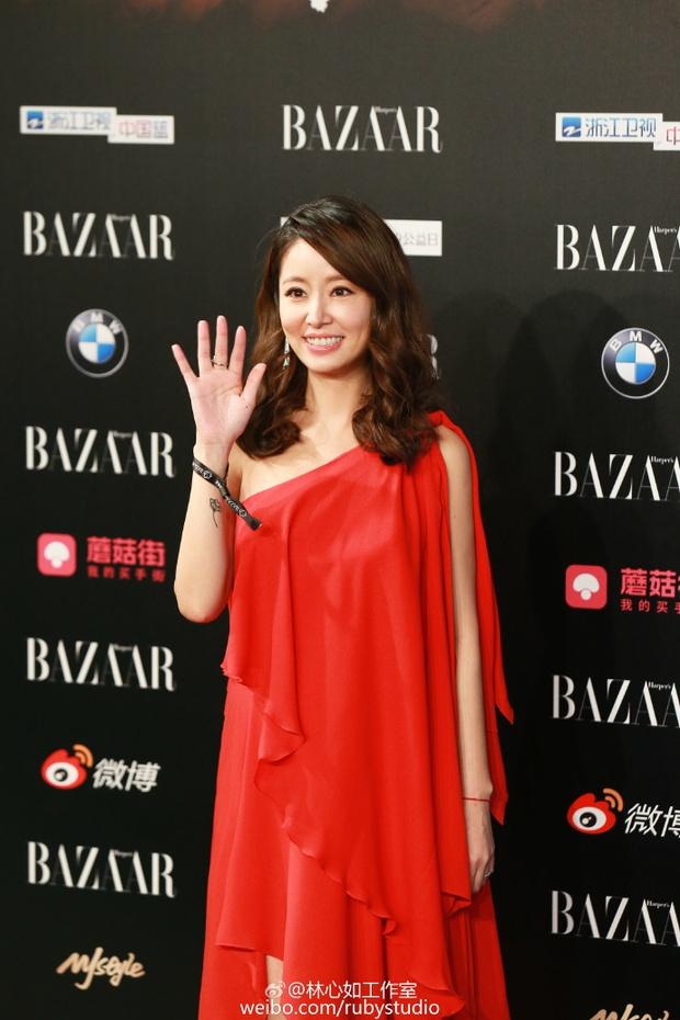 Hoắc Kiến Hoa nổi giận cấm phóng viên chụp hình, Lâm Tâm Như úp mở sẽ hạ sinh tiểu công chúa - Ảnh 9.