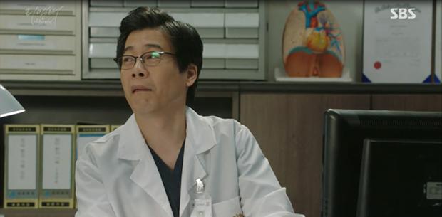 """""""Remember"""": Nam Gyu Man đi tù như đi nghỉ dưỡng khiến người xem """"ứa gan"""" - Ảnh 4."""