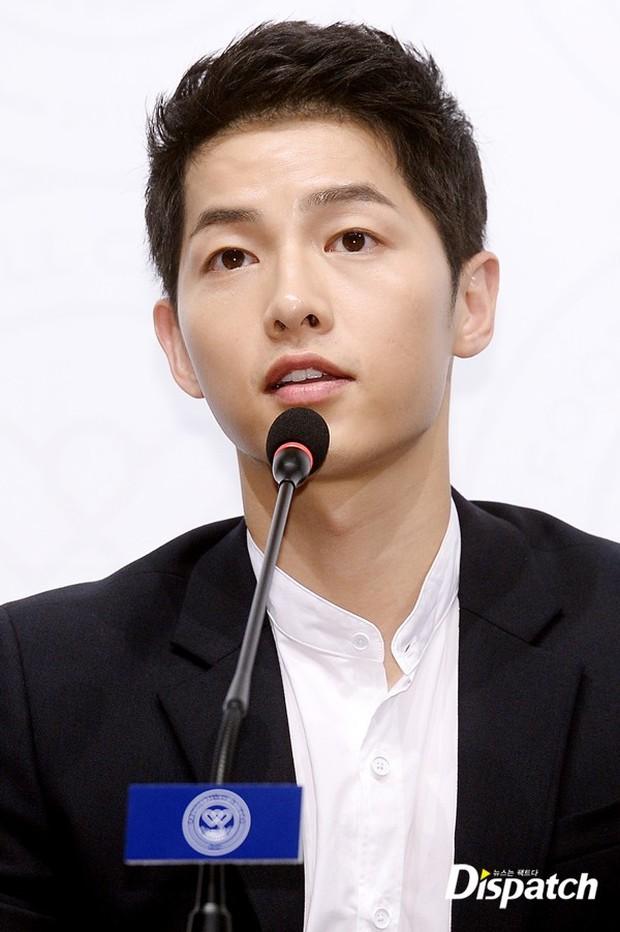 Đây chính là bí quyết giúp Song Joong Ki có làn da mịn màng hơn cả con gái - Ảnh 6.