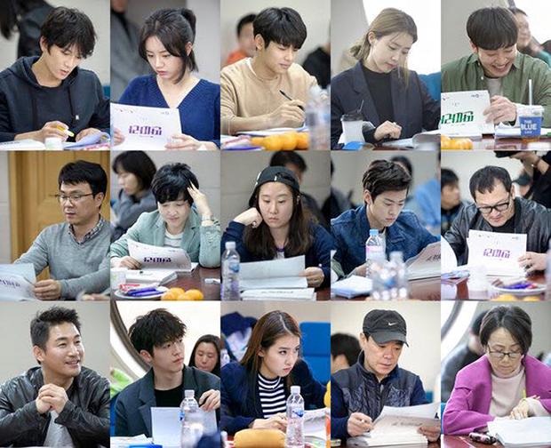 """Tạo hình của Ji Sung trong """"Entertainer"""" hứa hẹn còn """"lầy"""" hơn bánh bèo Yoo Na - Ảnh 7."""
