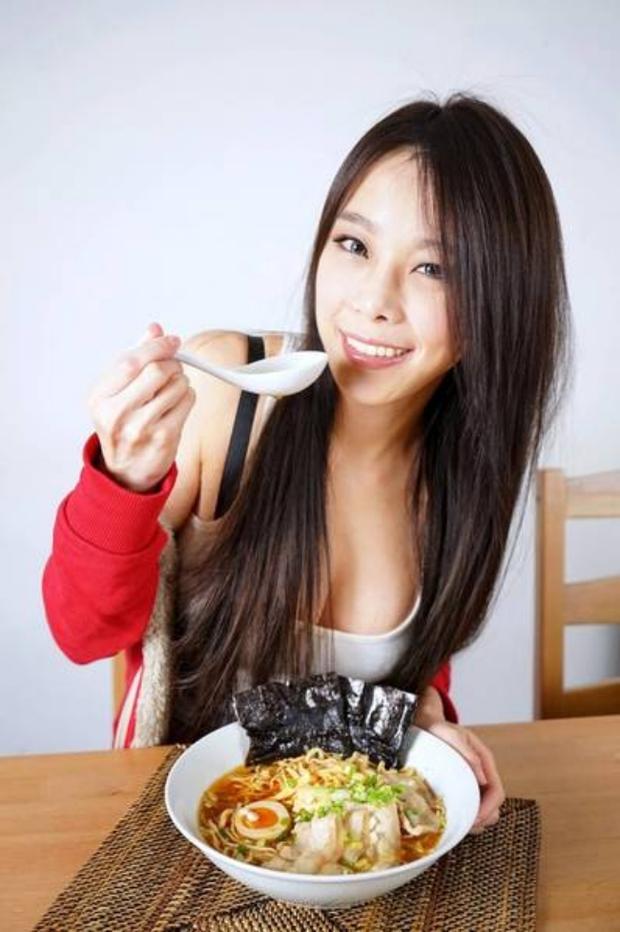 Không chỉ xinh đẹp mà còn giỏi nấu nướng, cô Thạc sỹ Kinh tế bỗng nổi như cồn trên mạng xã hội - Ảnh 5.