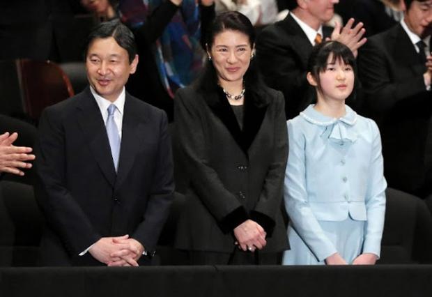 Tình yêu trọn đời mà Thái tử Nhật dành cho vị Công nương trầm cảm lay động trái tim hàng triệu người - Ảnh 12.