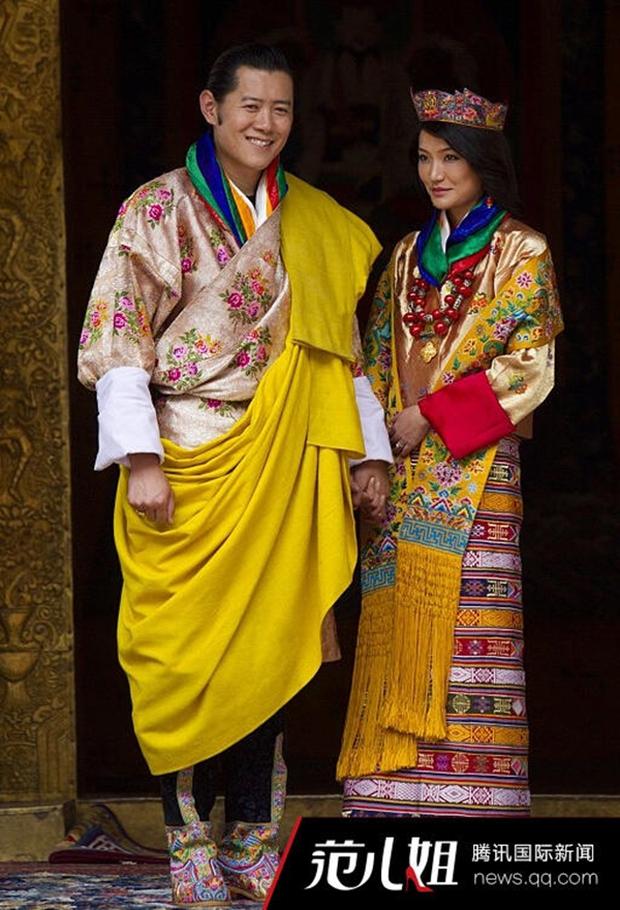 Chuyện tình cổ tích của vị Quốc vương quyến rũ và si tình nhất thế giới - Ảnh 4.