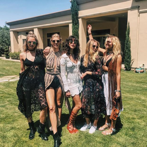 Mê mẩn ngắm style lễ hội sexy khó cưỡng tại Coachella 2016 - Ảnh 7.