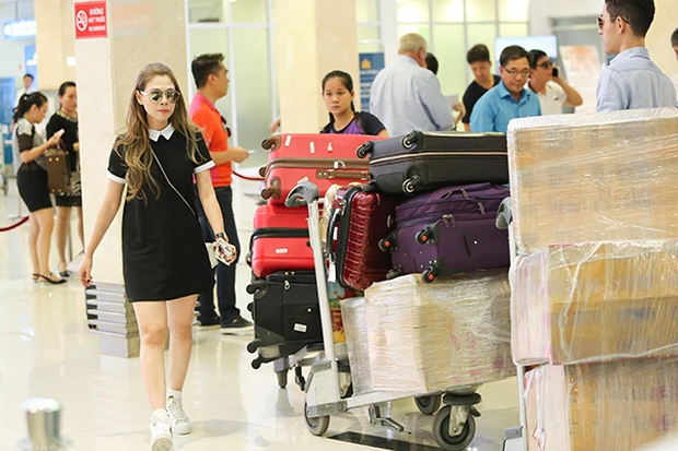 Thanh Thảo mang 200kg hành lý ra Hà Nội để phục vụ cho liveshow - Ảnh 7.