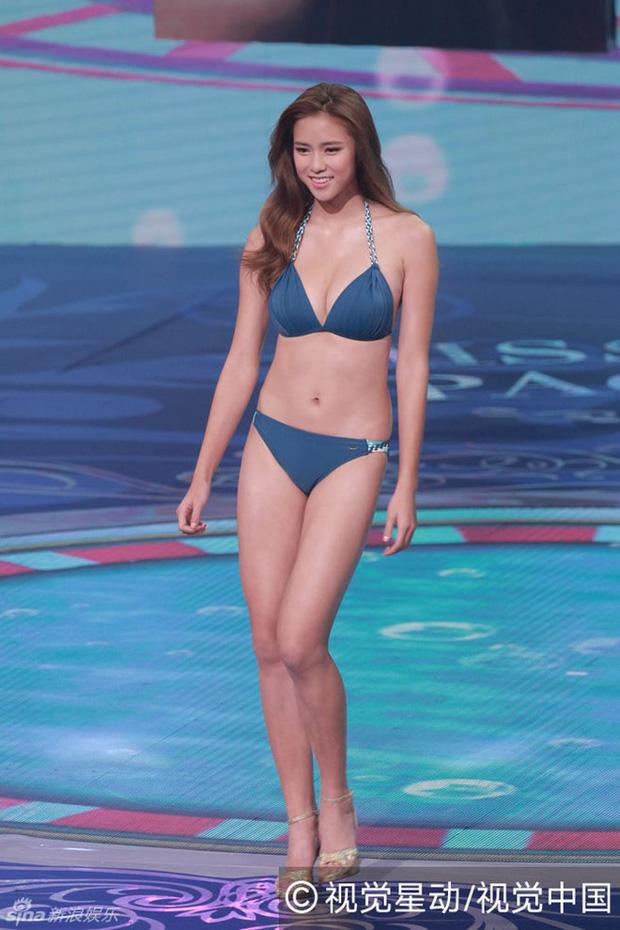 Chưa kịp gây tiếng vang, Hoa hậu Hong Kong 2016 đã bị lu mờ trước vẻ trẻ đẹp của mẹ mình - Ảnh 12.