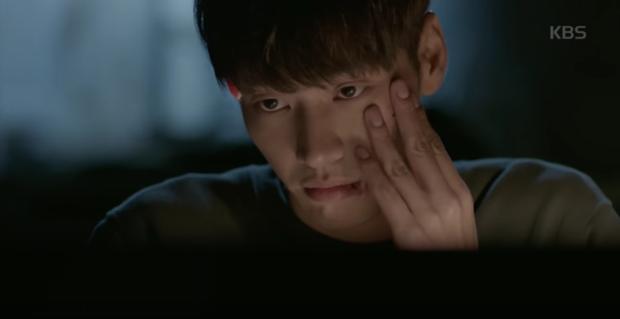 """Soo Ae rũ bỏ mác """"nữ hoàng nước mắt"""", phải lòng trai đẹp Kim Young Kwang - Ảnh 8."""