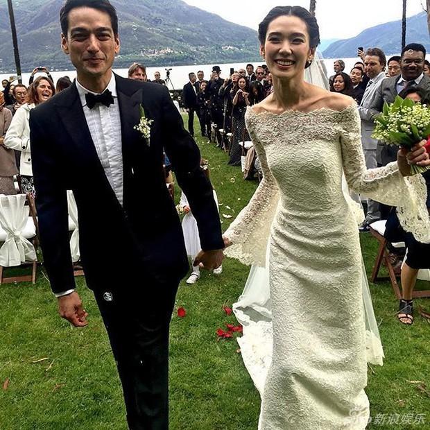 Siêu mẫu Nhật Bản tổ chức lễ cưới ấm cúng cùng chồng điển trai - Ảnh 3.