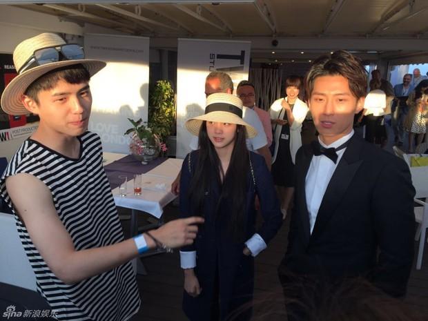 Sao Điều tuyệt vời nhất của chúng ta xuất hiện cùng bạn gái tin đồn ở Cannes - Ảnh 2.