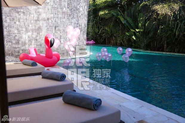 Lâm Tâm Như mở tiệc chia tay cuộc đời độc thân ngập tràn sắc hồng - Ảnh 3.