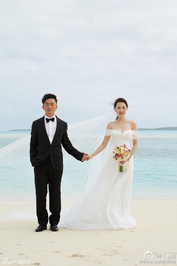 Vợ ngoại tình với quản lý, sao nam Trung Quốc tức tưởi viết tâm thư ly hôn giữa đêm - Ảnh 1.