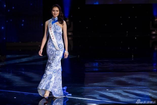 Hoa hậu Trung Quốc bị tố đá bay bạn trai ngay sau khi đăng quang - Ảnh 1.