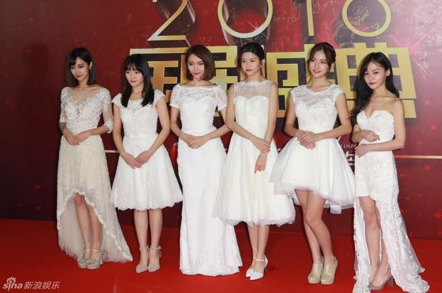 Đường Yên - La Tấn ngọt ngào đến đáng ghen tị, Trần Kiều Ân khoe tóc mái bằng trẻ như gái 20 - Ảnh 16.