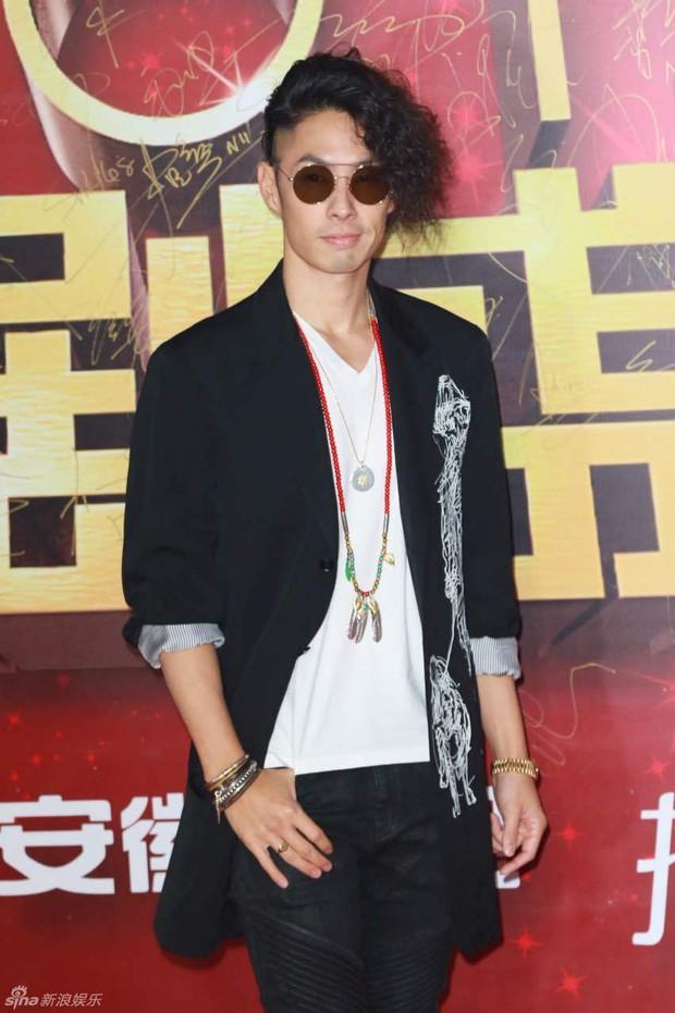 Đường Yên - La Tấn ngọt ngào đến đáng ghen tị, Trần Kiều Ân khoe tóc mái bằng trẻ như gái 20 - Ảnh 22.