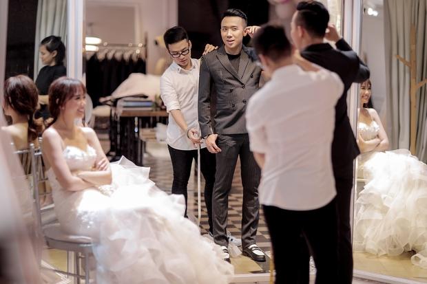 Trấn Thành đặt riêng hai mẫu váy cưới đặc biệt dành tặng Hari Won - Ảnh 6.