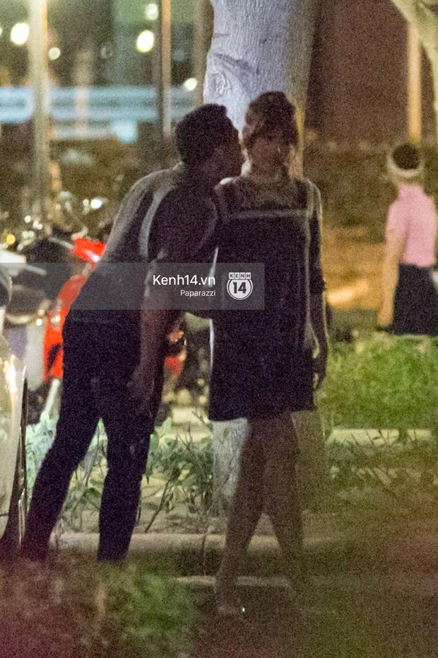 Hậu chia tay Tiến Đạt, Hari Won bị bắt gặp say đắm hôn Trấn Thành giữa đêm khuya - Ảnh 8.