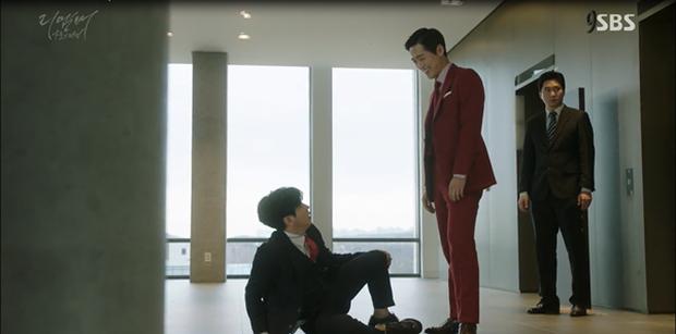 """""""Remember"""": Yoo Seung Ho nghẹn lời khi đã giải oan cho cha thành công - Ảnh 10."""