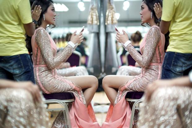 Chùm ảnh: Hậu trường cuộc thi Hoa hậu chuyển giới được quan tâm nhất Thái Lan - Ảnh 9.