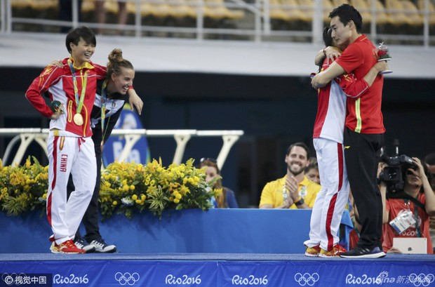 Nữ VĐV Trung Quốc xinh đẹp bật khóc khi được cầu hôn trên sàn đấu Olympic 2016 - Ảnh 8.