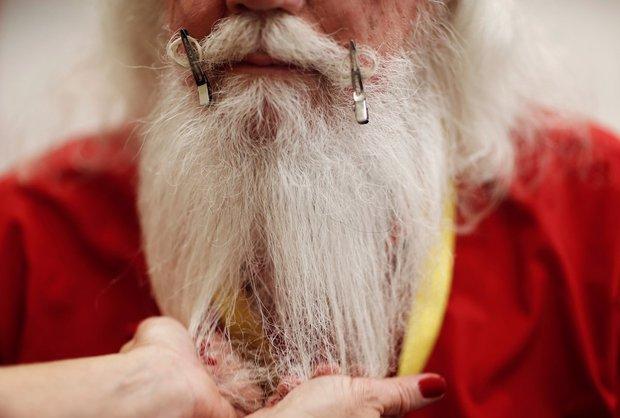 Bên trong trường đào tạo ông già Noel trước mùa Giáng sinh - Ảnh 15.