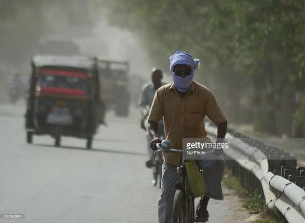 Chùm ảnh: Toàn châu Á vật vã đối phó với nắng nóng khủng khiếp - Ảnh 6.