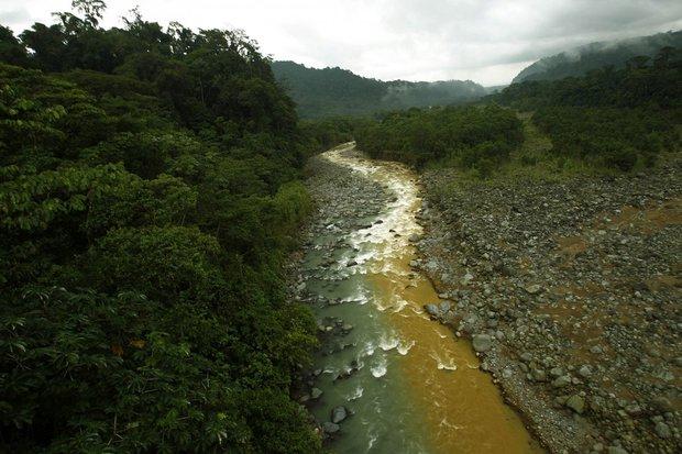20 bức ảnh gây shock cho thấy nguồn nước trên toàn thế giới đang ô nhiễm nghiêm trọng - Ảnh 9.