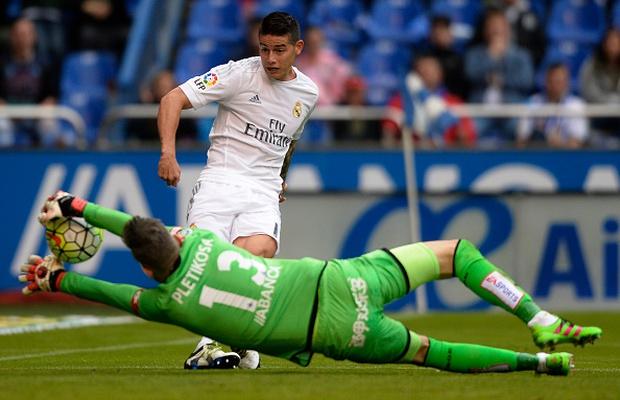 Ronaldo lập siêu kỷ lục, Real Madrid vẫn ngậm ngùi về nhì ở La Liga - Ảnh 10.