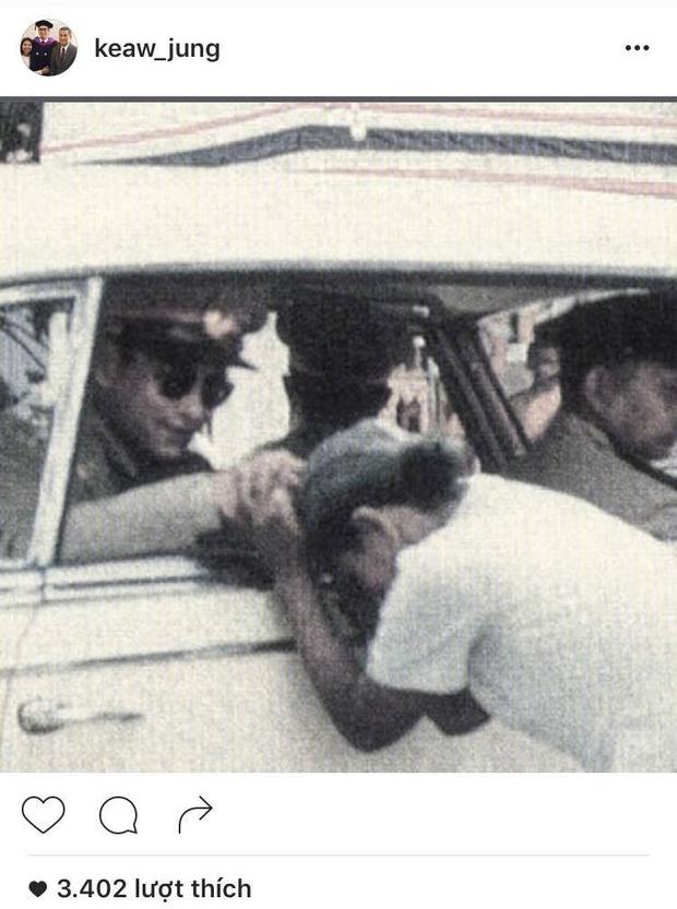 Sao Thái Lan đau buồn, bày tỏ thương tiếc trước sự ra đi của Quốc Vương Bhumibol - Ảnh 11.
