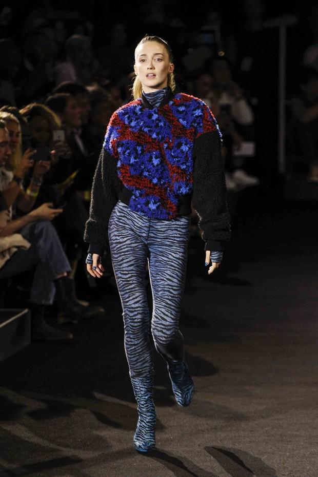 Show H&M x Kenzo tại New York: Suboi diện thiết kế mới nhất, ngồi hàng ghế đầu cùng loạt sao đình đám - Ảnh 31.