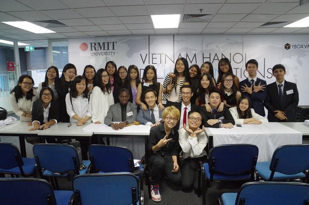17 tuổi, nữ sinh tài năng này đã sáng lập hội thảo Mô phỏng Liên Hợp Quốc cho các bạn trẻ Việt Nam - Ảnh 5.