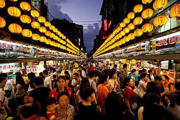 Từ 1/9, Đài Loan miễn visa có điều kiện cho khách du lịch Việt Nam - Ảnh 1.
